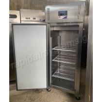 Επαγγελματικό ψυγείο θάλαμος συντήρηση όρθιο μονόπορτο POLAR U632